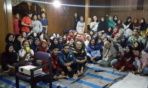 Bringing the theme of Empowerment, 90 Sociology Students of FISIP Universitas Airlangga Visited the People of Pacet, Mojokerto