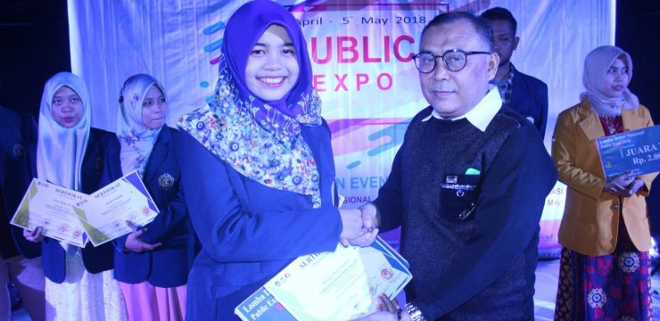 Combining Critical Thinking and Public Speaking Skills, Nur Syamsiyah Won Best Speaker in National Debate Competition in Makassar