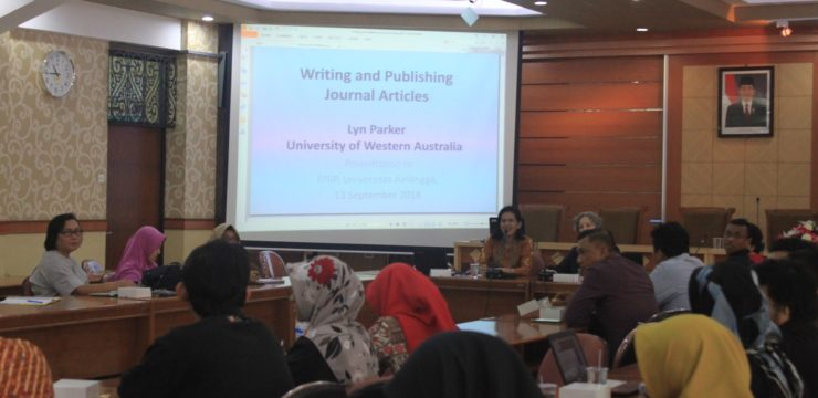 To Improve International Scientific Publications, Department of Sociology Invited Prof. Lyn Parker from University of Western Australia for the Workshop on Writing International Scientific Articles