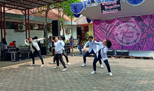 3 Sociology Champs Make It to the Semifinals of FISIP Art Week as They Combine Theory, Social Criticism and Dance Moves