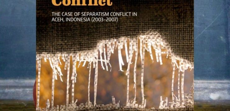 The Practice of Governance in Conflict